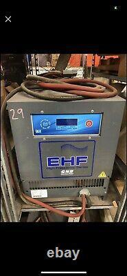 Chargeur De Batterie De Chariot Élévateur Haute Fréquence Ehf48t150 48 Volts 1000 Ah