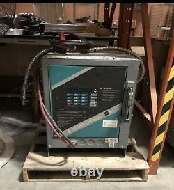 Chargeur De Batterie De Chariot Élévateur Hobart Ultra Charger 750s1-12