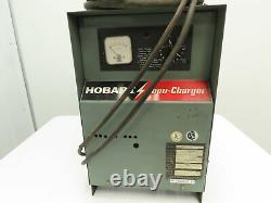 Chargeur De Batterie Fourche Hobart Accu-charger 12v, 381-450ah 120/208/240v 1ph
