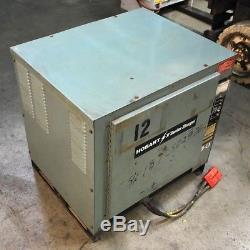 Chargeur De Batterie Hobart 1050c3-18r Forklift. Ah-726-1050, DC Out- 36v, 171a