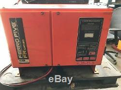 Chargeur De Batterie Industriel 48 Volts Fr24l510s 750 Ah, 575 Volts, 3 Phases 60 Hz
