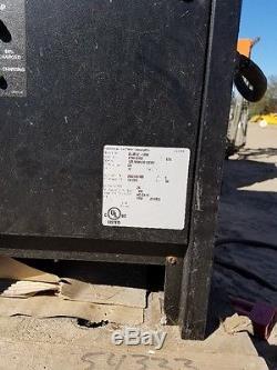 Chargeur De Batterie Industriel Douglas 24v 3ph 1050ah 208v 240v 480v