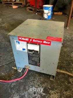 Chargeur De Batterie Industrielle