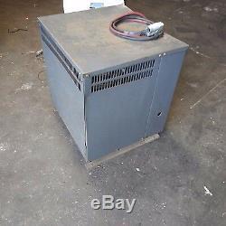 Chargeur De Batterie Mac 2300 36 Volts Triphasé Pour Élévateur À Fourche 18m600c23