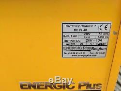 Chargeur De Batterie Monophasé De Chariot Élévateur Énergétique 24v 40amp