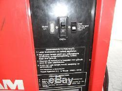 Chargeur De Batterie Pour Chariot Élévateur Partridge Wilson 27112075 220 / 240v