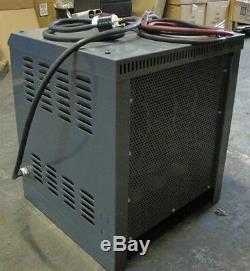 Chargeur De Batterie Pour Chariots Élévateurs Gnb Scr-flx-18-750t1z, 36 Volts, 3 Phases
