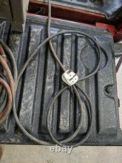 Chargeur De Batterie Westinghouse 48 Volts 30 Amps Forklift