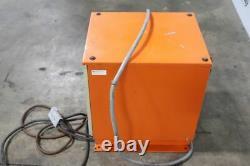 Chargeur De Batteries Fourche C & D Fr12ce750a 24v, 1ph