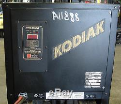 Chargeur Occasion 24 Volt 1050ah Kodiak Modèle 12k1050b3