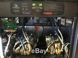 Chariot Chargeur Intelligent 36 Volt Chargeur 750 Amp Hour, 3 Phase, 240/480 Volts Entrée