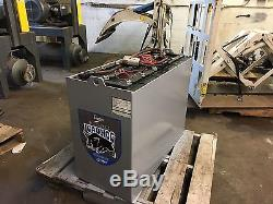Chariot Élévateur Batterie 36 Volt 18125-15 870 Ah Poids 2370