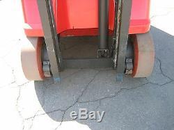 Chariot Élévateur Raymond 2006 Dockstocker / Pacer 3000 Ascenseur # 188 36v Withbattery & Charger