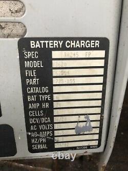 Clarke 36v Volt Chargeur De Batterie Tennant Advance Golf Cart Chariot Chariot Chariot Palette Jack