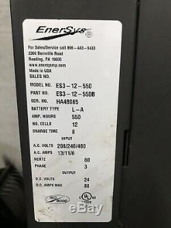 Enersys Enforcer Utilisé Automatique Chargeur De Batterie. 24 Volt, 550 Ah, 3 Phase