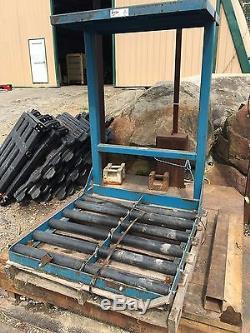 Enersys Forklift / Hi-lo / Pallet Jack Chargeur / Chargeur Avec Étagère