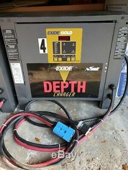 Exide D3g-24-950, 24 Cellules, Chariot Élévateur Chargeur De Batterie 208/240/480. Collecte Locale