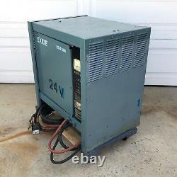 Exide System 3000 Es3-12-550 Chargeur De Batterie Chariot Élévateur 24 VDC