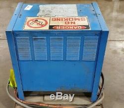Exide Système 3000 Es3-18-850 Chariot Élévateur Chargeur De Batterie 36 Volt