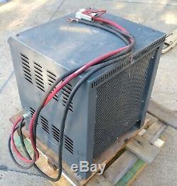 Gnb 36 Volts Entrée Du Chargeur De Batterie Chariot Électrique 480v 3ph 36v Scrflx-18-750