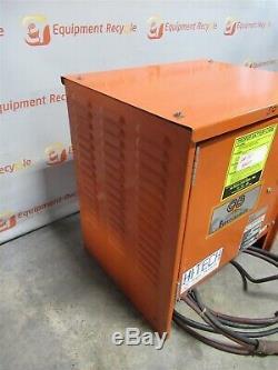 Gnb Batteries Gtc12-600t1 Ferrocharger La Type Chargeur De Batterie 12 Cellules Chariot Élévateur