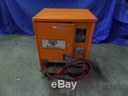 Gnb Ferrocharger Gtcii12 24v Forklift Chargeur De Batterie 208v 240v 480v 100 Ampères