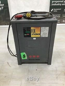 Gnb Flx200 Chargeur De Batterie 24 Volt / 600ahr / 3 Phase
