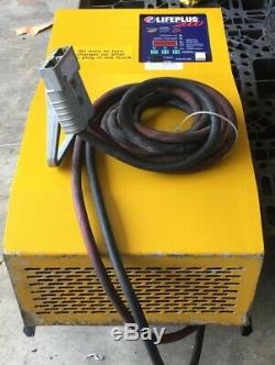 Hawker Life-plus 2000, Chargeur Intelligent Hi-freq Chargeur 24/36/48 V Batteries, 3 Ph