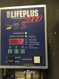 Hawker Life-plus 2000, Chariot Élévateur Salut-freq Chargeur Intelligent 24/36/48 Batteries V, 3 Ph