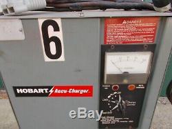 Hobart 24v Accu Charger Modèle 225a1-12 Batterie Chariot Élévateur À Fourche 115 Volt Plug