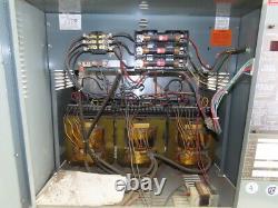 Hobart 600c3-12 208-240 / 460v Entrée 12 Cellule 24vcc Chariot Chargeur De Batterie