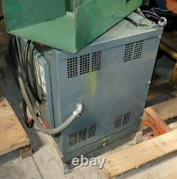 Hobart 750h3-18 36v Chargeur De Batterie Industrielle 18 Cellule 208/230/460v 3 Ph