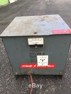 Hobart Batterie 36 V Compagnon Chariot Chargeur 240/480 Volts Phase 1 725m1-18 De Nice
