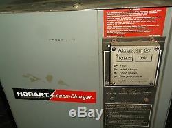 Hobart Chargeur De Batterie Pour Chariot Élévateur À Fourche Accu-charge 225a1-12 N6768 24vdc 45a