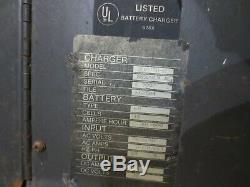 Kw Chariot Élévateur Chargeur De Batterie Modèle 36 Volt / 18 Cell, 90 Amp Sauveteur