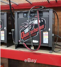 Quarter Horse Commercial Chariot Élévateur Chargeur De Batterie, 240/480 Volts, 3 Ph