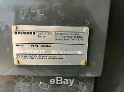 Raymond 152-opc30tt Électrique Préparateur De Commande Chariot Élévateur 3000lb Avec Chargeur De Batterie