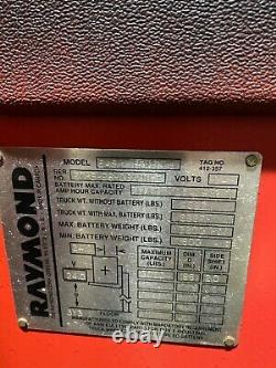 Raymond Forklift Reach Truck With2015 Battery 3000lb 186 Lift Withcharger, 24 Volts