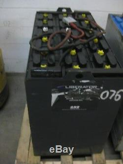 Recondition Chariot Élévateur Usagé 36 Volts Batterie 18-125-17 1000 Amp Hour -good Sav $