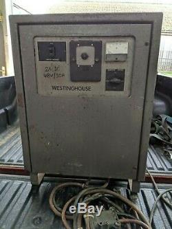 Westinghouse 48 Volts 30 Ampères Chariot Élévateur Chargeur De Batterie