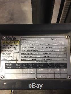 Yale Erco40a Chariot Élévateur Avec Batterie Et fourches Sans Chargeur 36 Volts